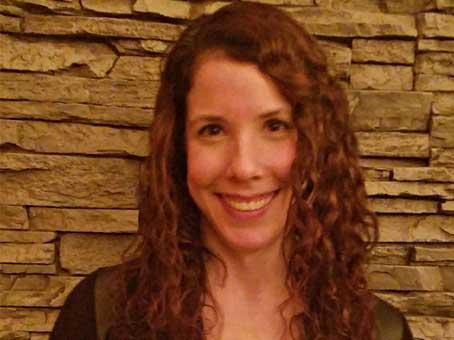 Dr Amanda Hochstein DDS